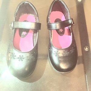 🖤 School shoes very pretty 🖤